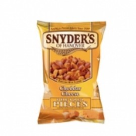 y956-SNYDER'S- CHEDDAR CHEESE PRETZELS PIECES 車打芝士酥片2 安士(1BX30)-SNY503491